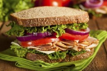Ways to Choose Healthier Lunch Sandwich Ingredients - DeliMenuPrices
