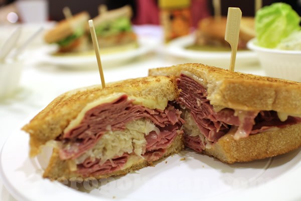 Cheap Finds- Where To Get The Most Affordable Deli Sandwich in NYC - DeliMenuPrices